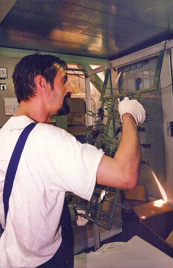 sprintech-mirrors-chrome-coating-process